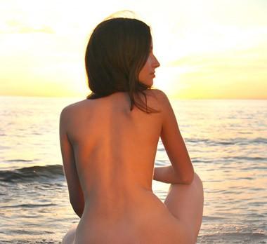 Naturist auf dem strand