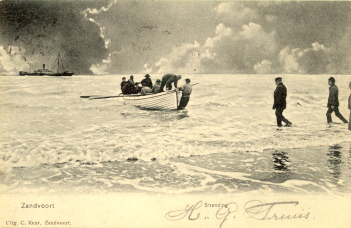 Stranding 2 - A stranded ship