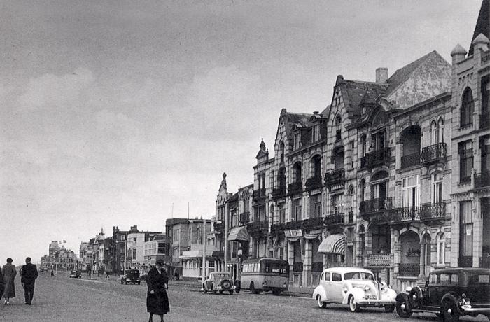 Der Boulevard Favauge um circa 1935. Leider zeigt der Boulevard de Favauge nur wenig von der Pracht und Eleganz, aus der Belle Epoque Zandvoorts und die Stadt vor dem Zweiten Weltkrieg.