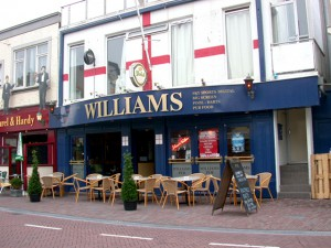 De Williams Pub in de Haltestraat voor Engels Bier